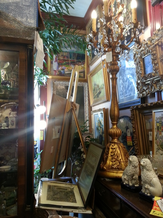 Old Alexandria Antique Shop